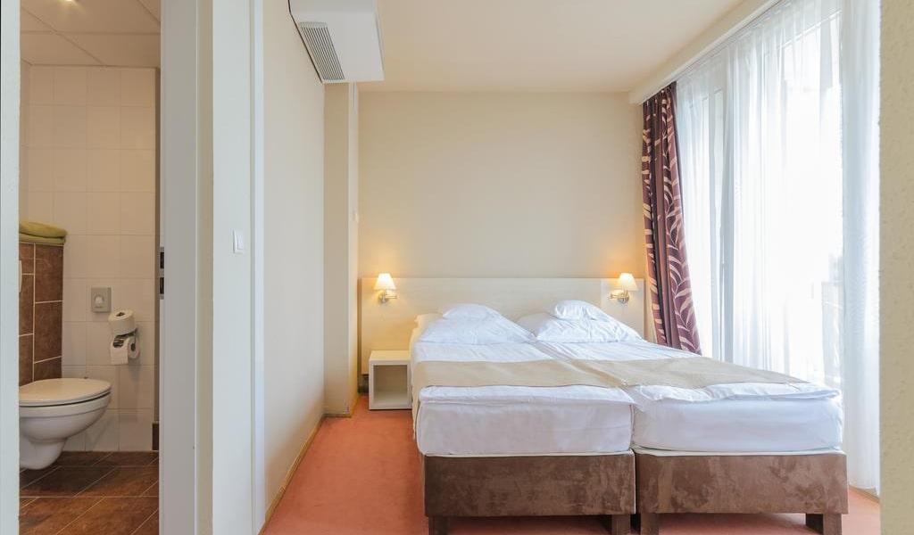 Apartment with Balcony 2-min