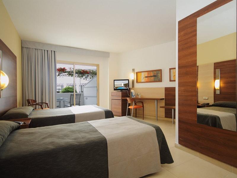 Aqua Hotel Aquamarina (3)