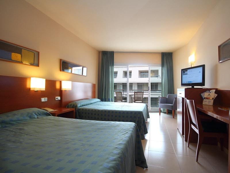 Aqua Hotel Onabrava (1)