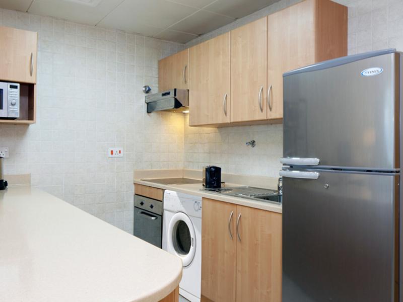 Avari Superior Apartment2