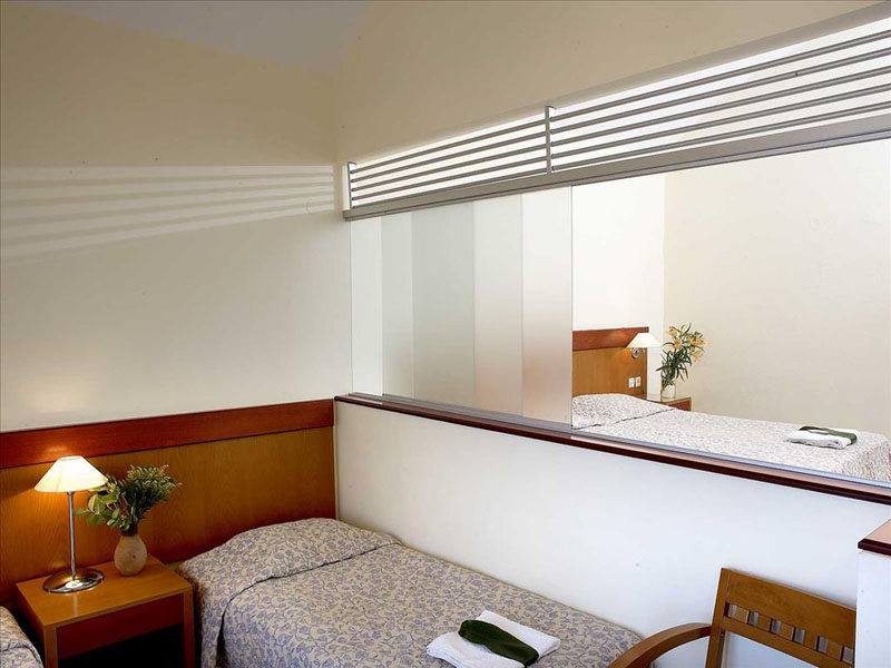 Avra Beach Hotel (2)