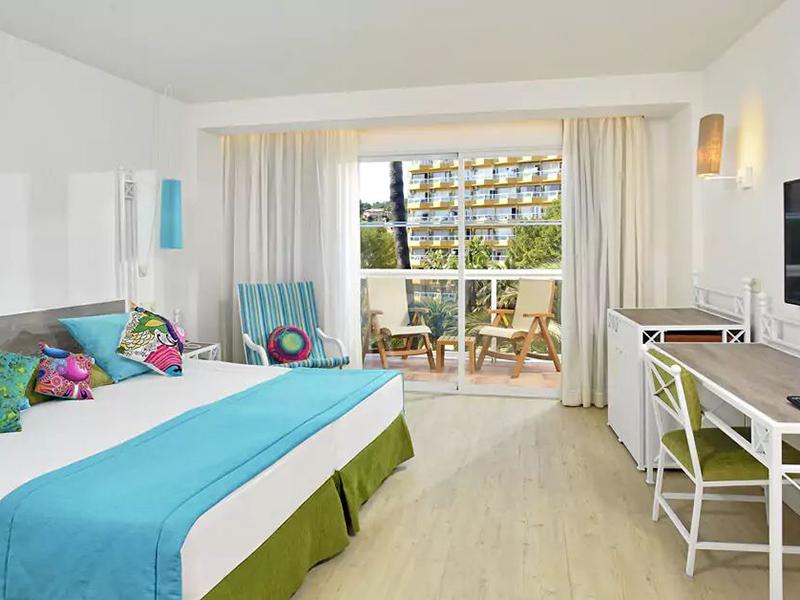 BEACH HOUSE ROOM_1