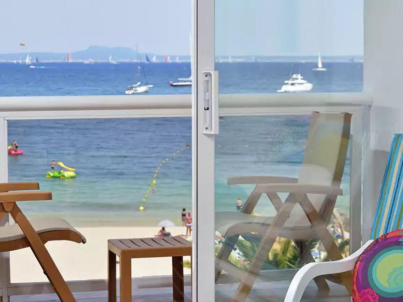 BEACH HOUSE SEA VIEW ROOM2_1