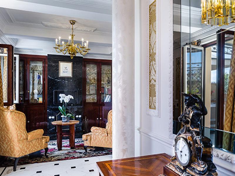 Baglioni_Hotel_Regina_Margherita_Suite_25-720x450