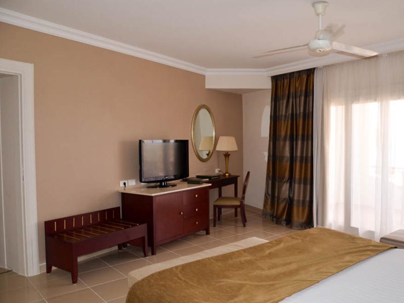 Baron Resort Junior Suite (2)