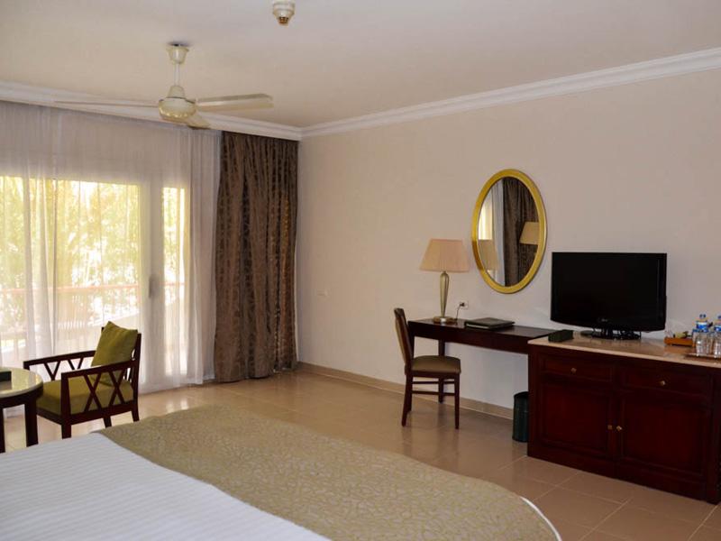 Baron Resort Superior Classic Room (2)