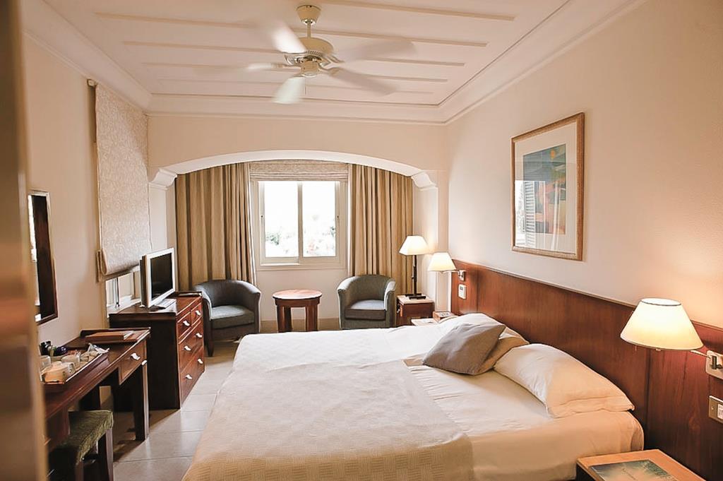 Bay-Suite-Bedroom
