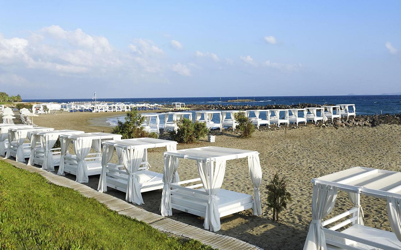 Beach-2-KnossosBeach