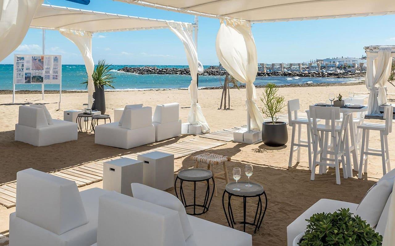 Beach-Bar-Lounge-area-2018-7
