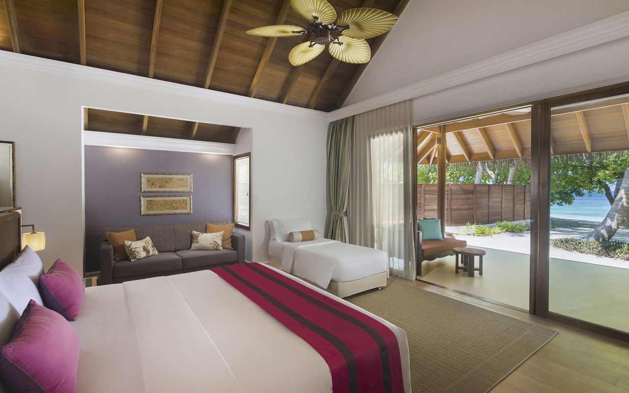 Beach Deluxe Villa With Pool - with Extra Bed