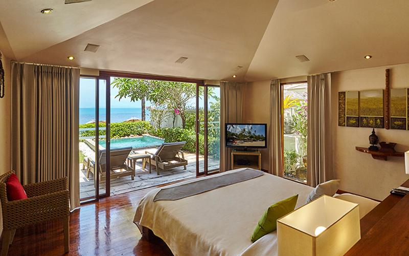 Beach Front Pool Villa3