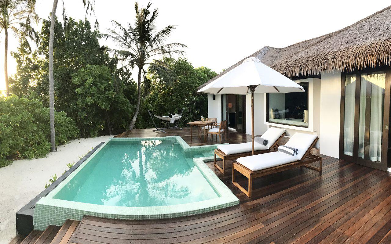 Beach Sunset Pool Villa - Deck (1)