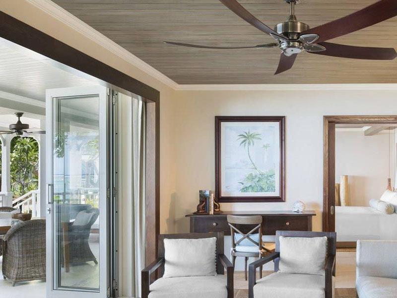 Beachfront St. Regis Grand Suite2