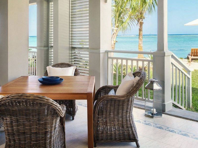 Beachfront St. Regis Grand Suite3