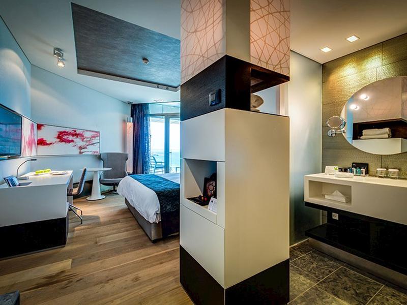 Bellavista Room2