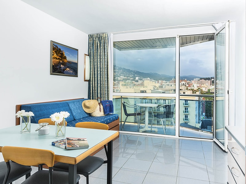 Blau Apartments (7)
