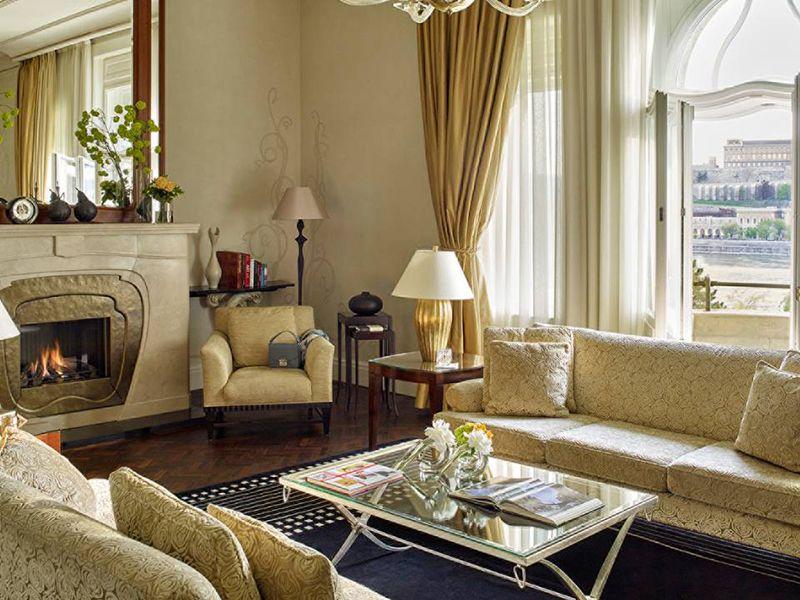 Buda Castle Presidential Suite3
