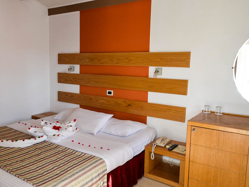 Bungalows Room (1)