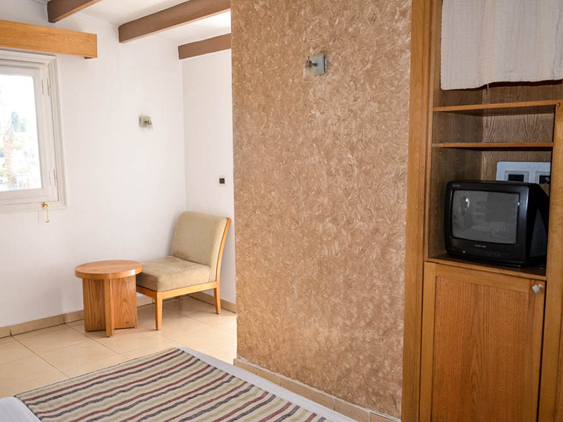 Bungalows Room (7)