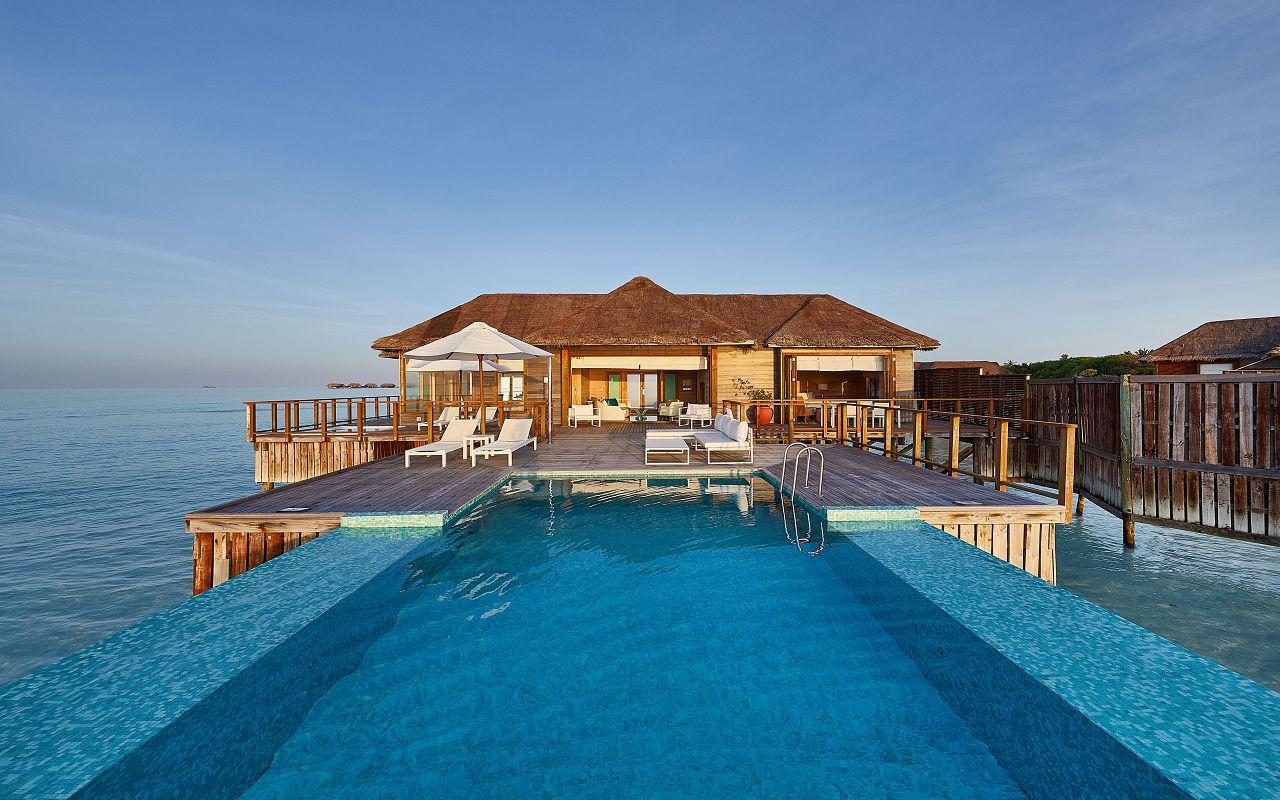 CONRAD MALDIVES RANGALI ISLAND_Villas_Sunset Water Villa Pool and Villa_Day_credit Justin Nicholas hi-res