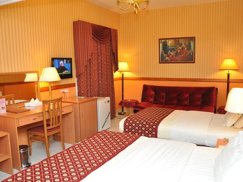 California Hotel-5