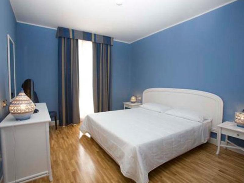 Capo Peloro Club Resort (11)