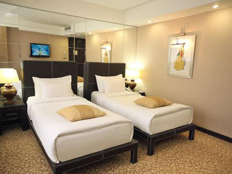 Cartoon Hotel (6)