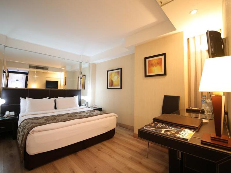 Cartoon Hotel (8)