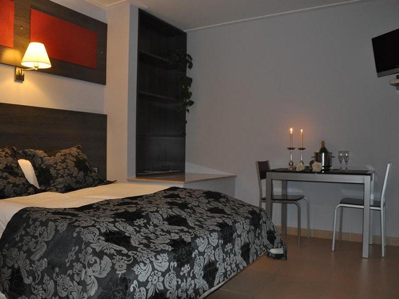 Casablanca Suites Apartamentos (18)