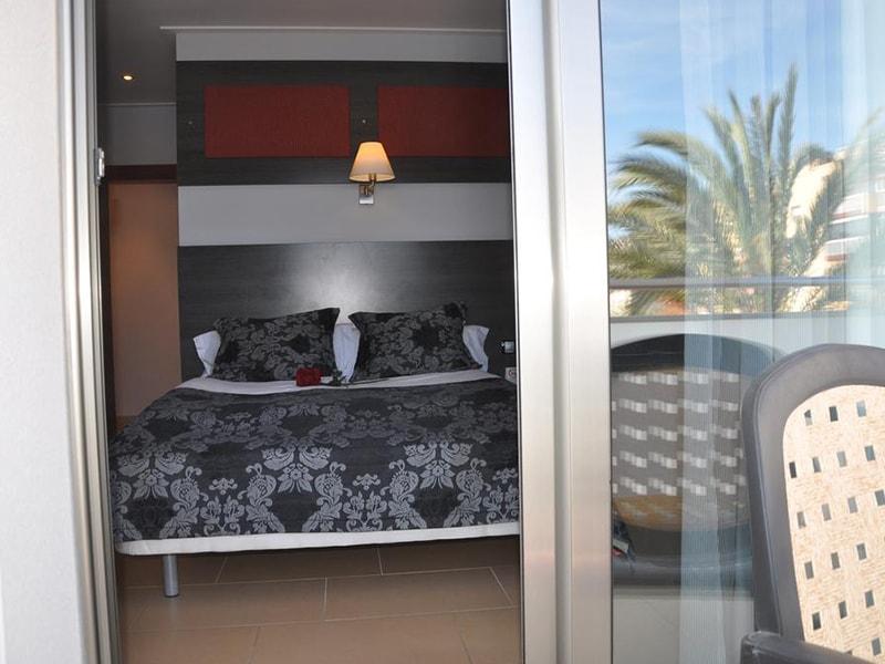 Casablanca Suites Apartamentos (20)