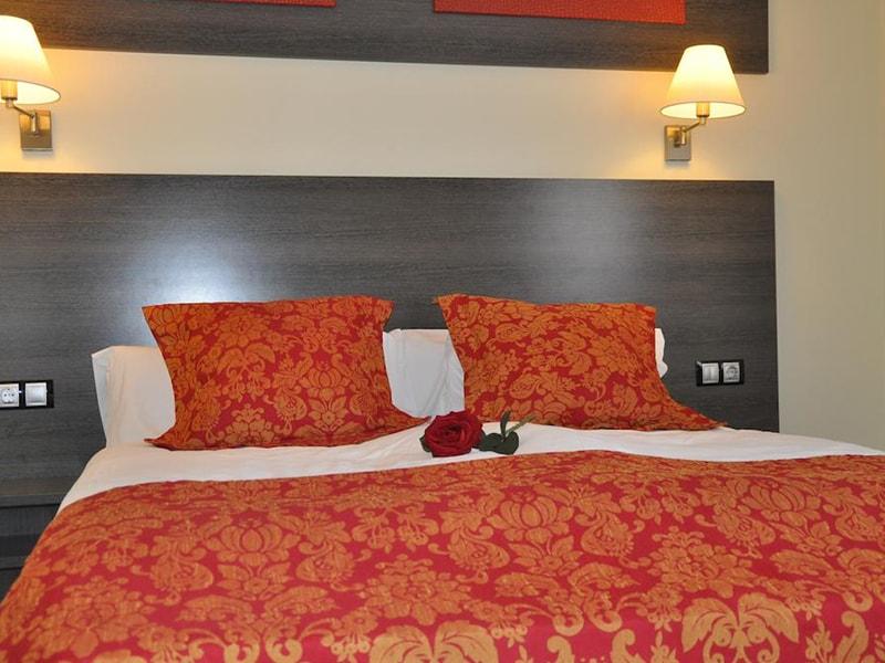 Casablanca Suites Apartamentos (3)
