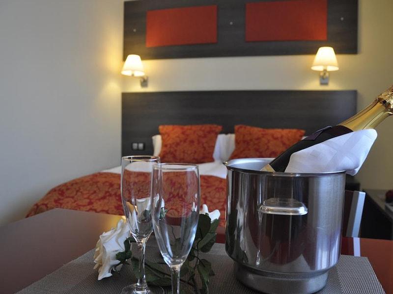Casablanca Suites Apartamentos (4)