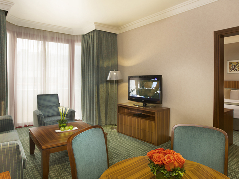 Club Room and Suite