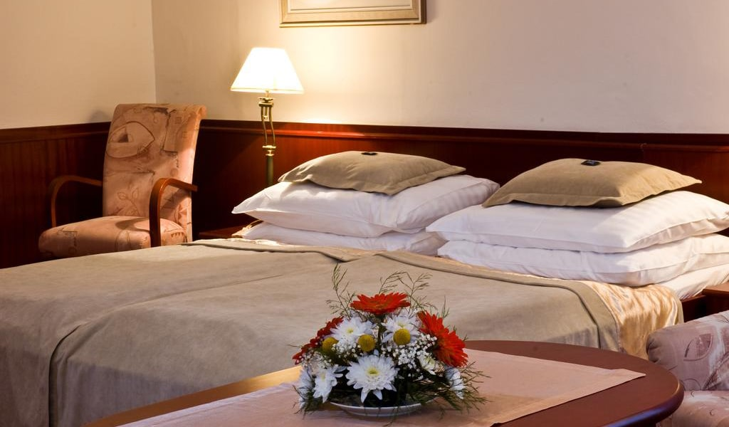 Comfort Double or Twin Room-min