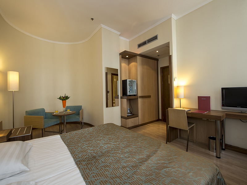 Comfort Double room with extra bed2