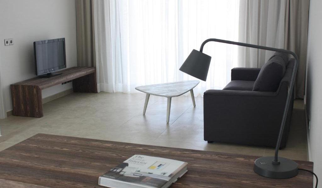 Comfort-Suite-min