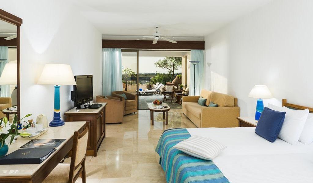 Coral Beach Hotel (14)