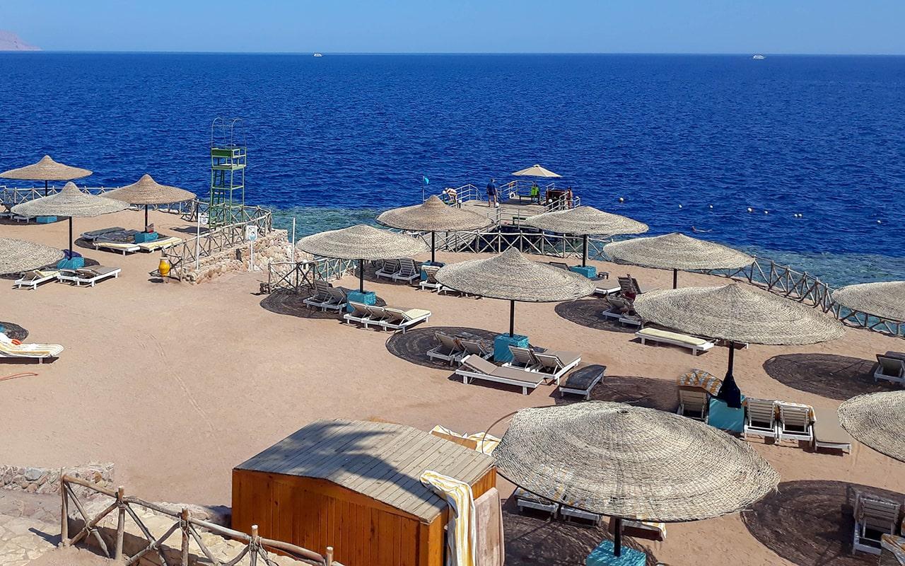 Coral-Beach-Resort-Tiran99-min