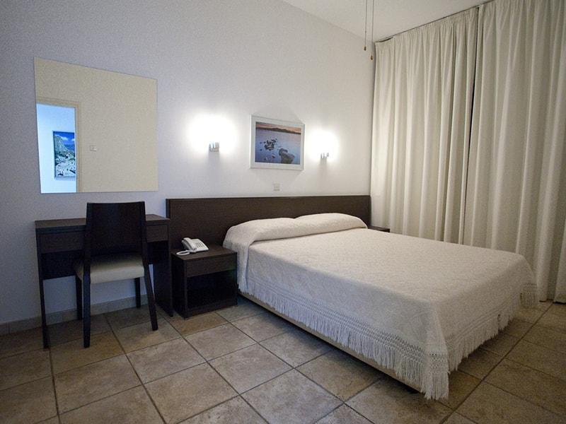 Costantiana Beach Hotel Apts (12)