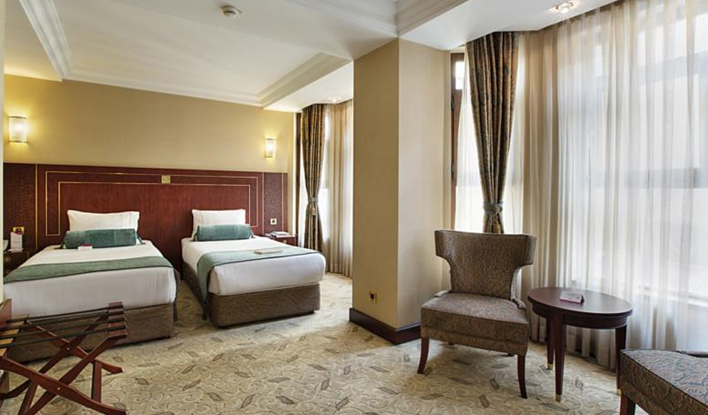 Crowne Plaza (Old City) (3)