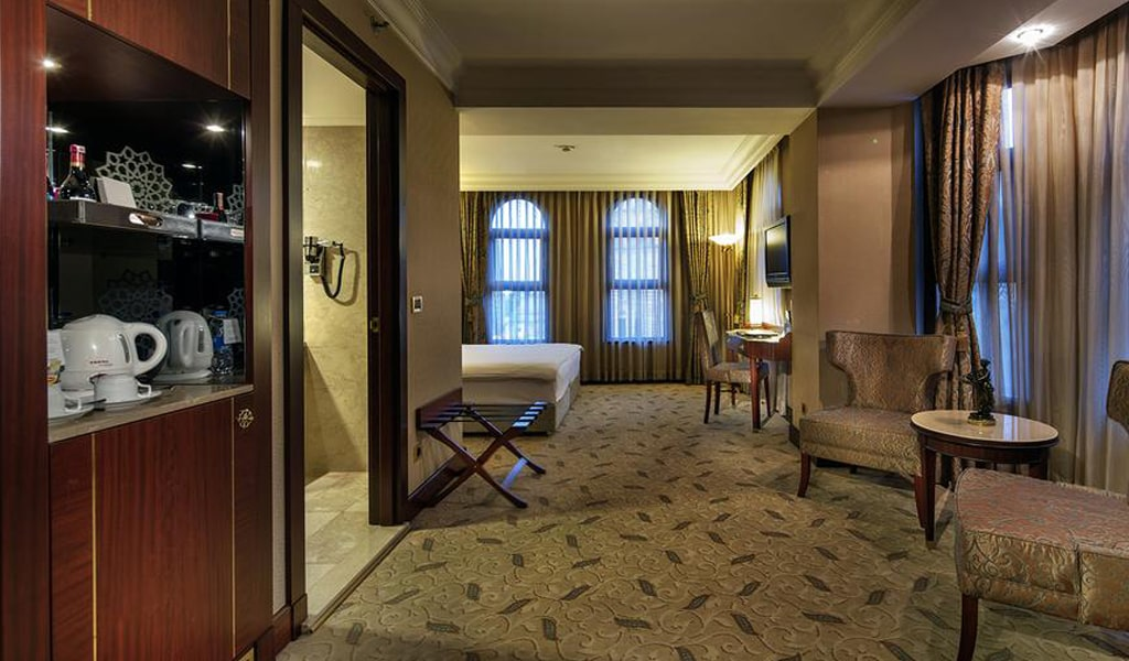 Crowne Plaza (Old City) (4)