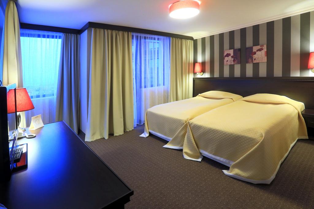 DBL_Hotel2