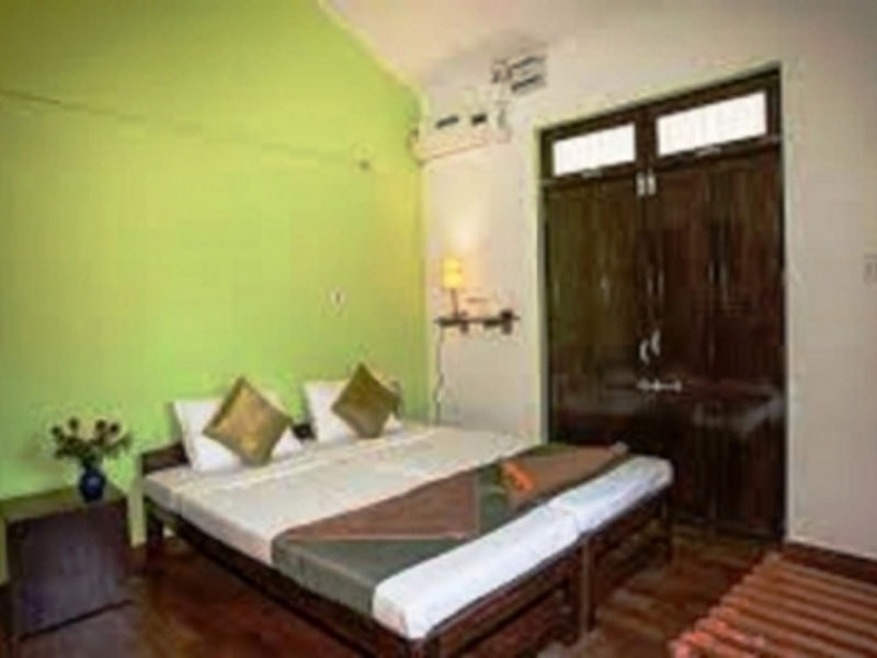 DELUXE-ROOM-FOR-02-PAX-AC-ROOM-AND-NON-AC-ROOM-min