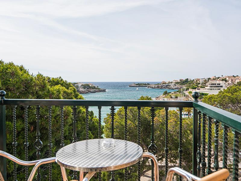 DOUBLE ROOM sea view4