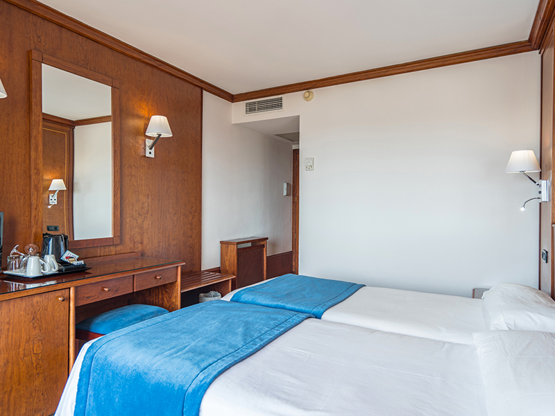 DOUBLE ROOM standard3