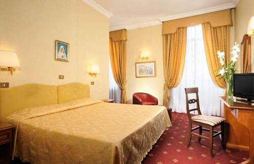 DOUBLE ROOMS1
