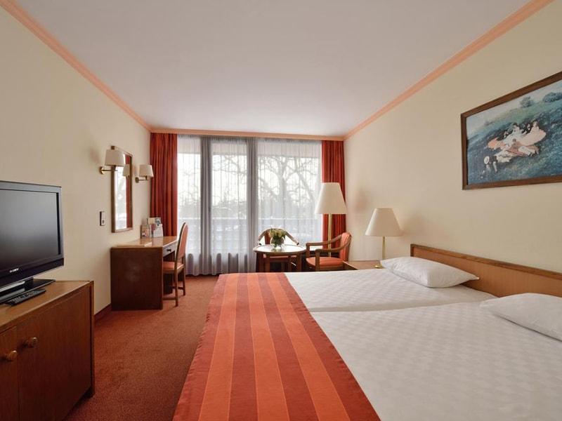 Danubius Health Spa Resort Sarvar (7)