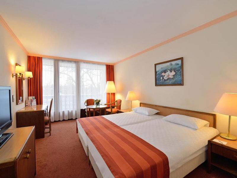Danubius Health Spa Resort Sarvar (9)