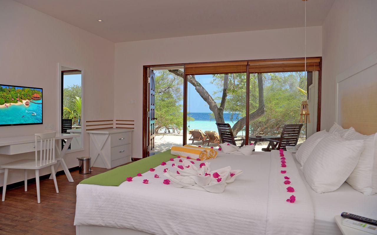 Deluxe Beach Villa 1