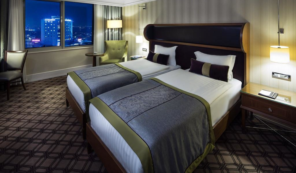 Deluxe Double or Twin Room with Sea View 2-min